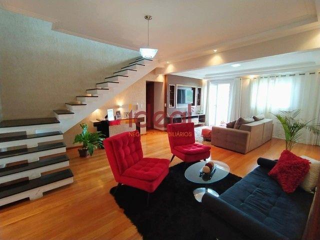 Cobertura à venda, 3 quartos, 2 suítes, 2 vagas, Santo Antônio - Viçosa/MG