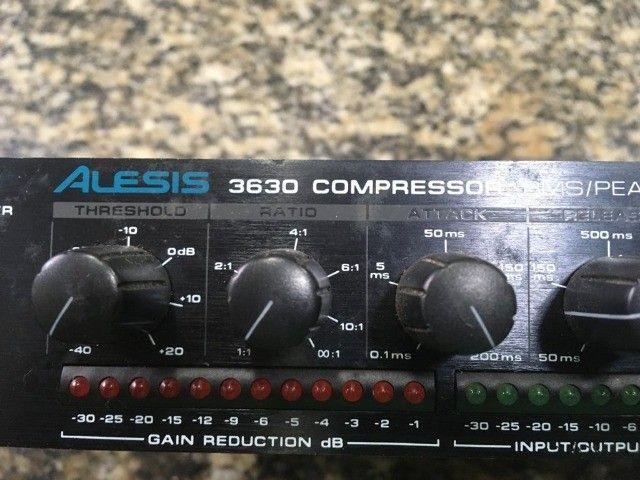 Alesis 3630 Compressor - Foto 2