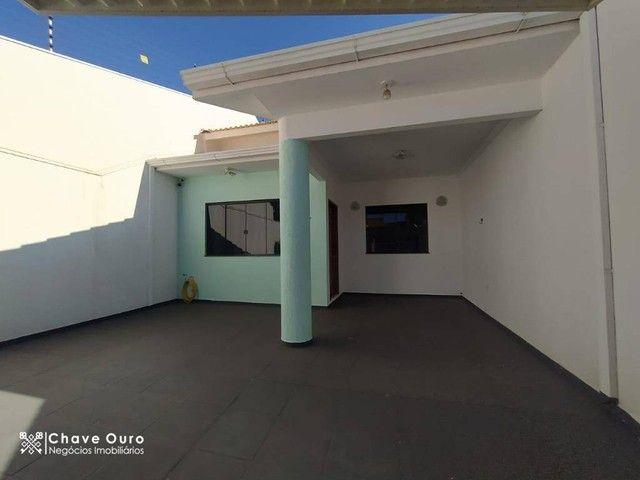 Casa com 1 suíte + 2 dormitórios à venda, 180 m² por R$ 735.000 - Parque Verde - Cascavel/