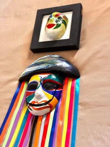 Mascara e quadro decorativo - Foto 5
