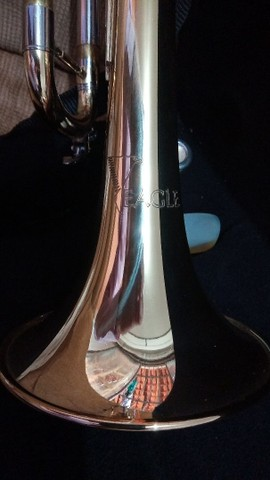 Trompete Eagle em Si Bemol novo - Foto 3
