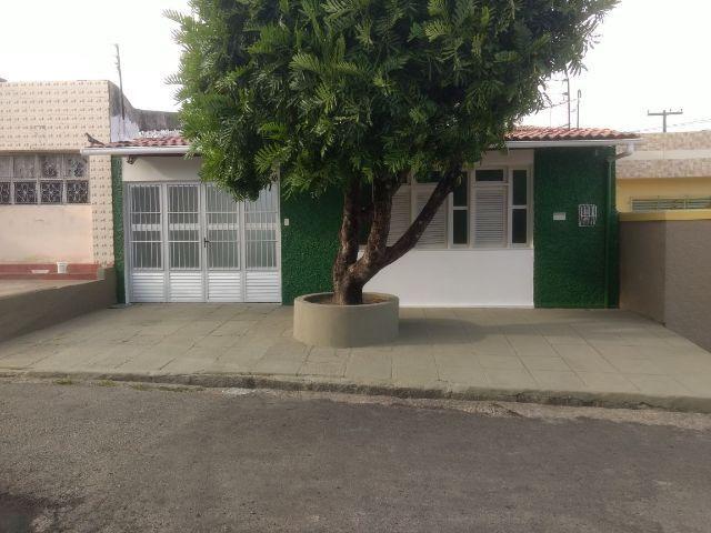 Excelente Casa na Pitanguinha - 3 qts sendo 1 suíte+Dependência de Empreg
