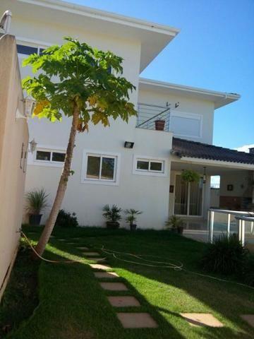 Casa em Guaraí com 4 quartos, 1 suíte com closet, 4 vagas de garagem