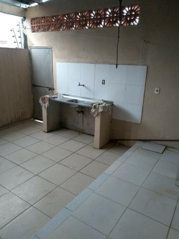 Alugo linda Casa com 03 Quartos sendo 1 Suíte em Manoa - Foto 16