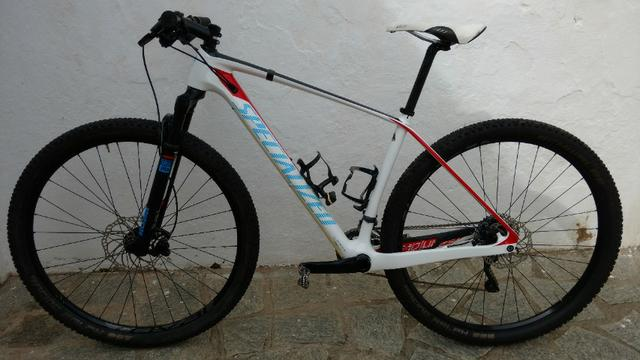2015 Specialized Stumpjumper Carbono pouquíssimo uso top bike - Foto 2
