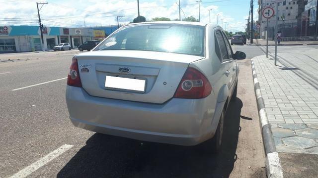 Ford Fiesta - Foto 2