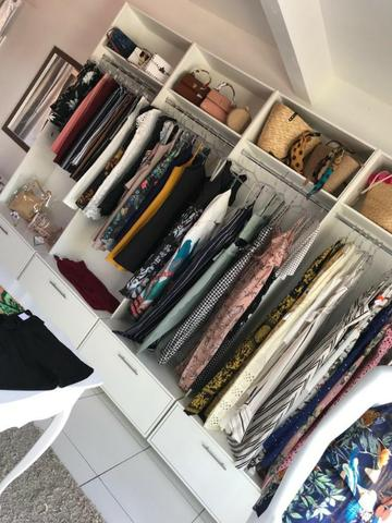 Bela loja de roupas 100 metros da Avenida principal praia dos Ingleses - Foto 4