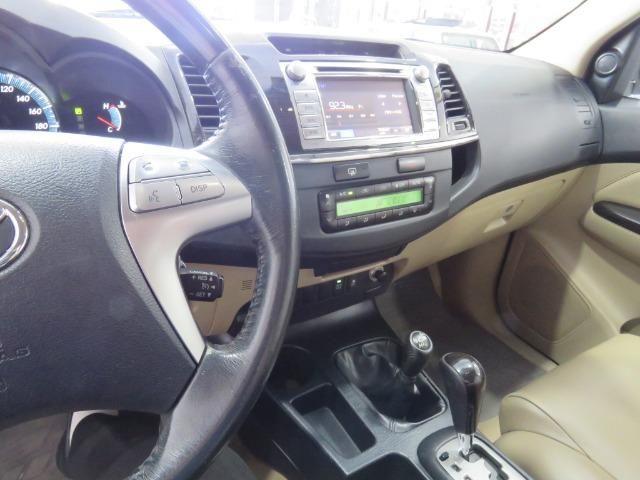 Toyota Hilux SW4 3.0 TDI 4x4 SRV 7L 2015 - Foto 11