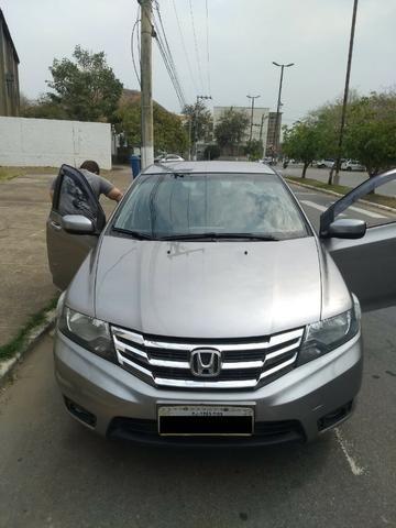 Honda City LX 1.5 2013 Novo - Com GNV 5ª
