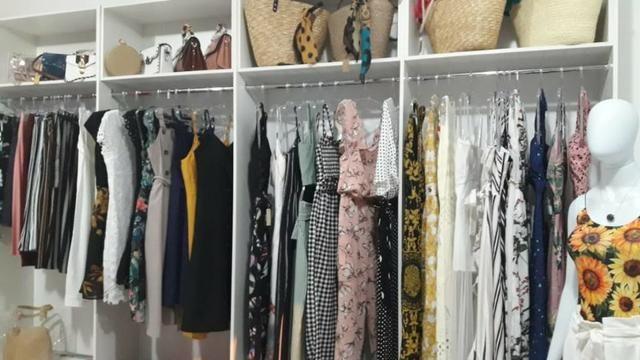 Bela loja de roupas 100 metros da Avenida principal praia dos Ingleses - Foto 5