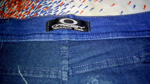 f34ae9c26 Calça jeans feminina Oakley nova tam 46 por R$30 - Roupas e calçados ...