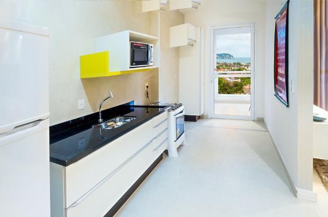 Apartamento Flat no Guarujá, 55m2 , Varanda Grill, Mobiliado a Preço de Custo! - Foto 5