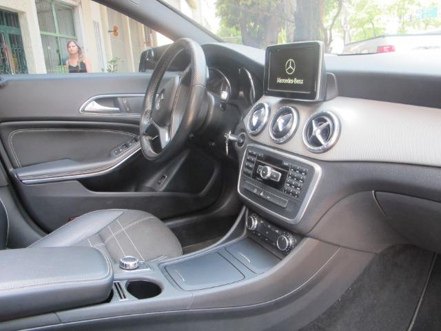Mercedes CLA 200 First Edition com Teto Solar Elétrico Led's Bi-Xenon GPS Muito Novo 2014 - Foto 7