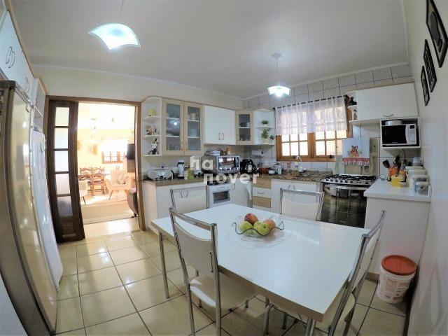 Casa à Venda no Bairro Parque Pinheiro 4 Dorm, Lareira, Churrasqueira, Piscina - Foto 9