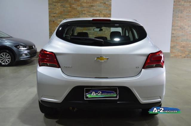 CHEVROLET ONIX 1.0 LT 8V FLEX 4P MANUAL  - Foto 10