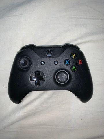 Console Xbox One X 1TB - Foto 2