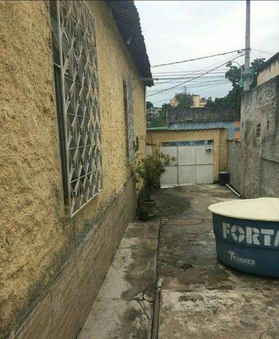 IMPERDÍVEL - Vendo 1 casa + 2 lojas comerciais / bairro: Pilares - Foto 3