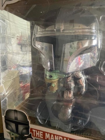 Funko Pop: Star Wars Mandalorian With The Child Super Sized 10? #380 - Foto 3