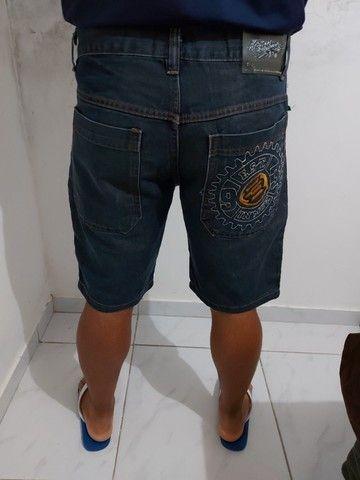 Bermuda jeans masculina M - Foto 3