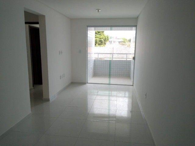 Apartamento no Bancários com 02 quartos e varanda - Foto 3