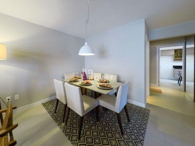 Apto à Venda Mobiliado com 3 Dormitórios e 2 Vagas - Bairro Lourdes - Foto 7