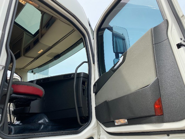 Volvo FH420 4X2T 2019 Teto Alto Automático Toco - Foto 13