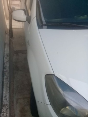 Renault Sandero 1.0 16V 2013