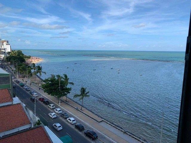 JS- Lindo apartamento na beira mar de Casa Caiada com 95m² - 03 Suítes