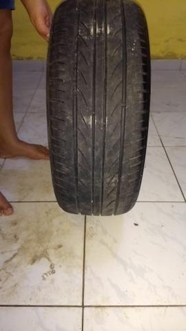 Vendo um Rodão aro 17 pneus novos