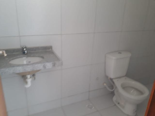 Excelente casa 8m de frente com doc. grátis - Foto 8