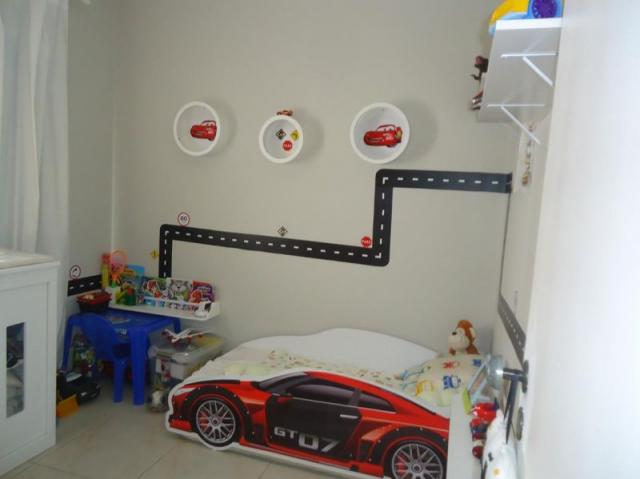 Apartamento 3 quartos, sala ampla com varanda e 1 vaga. - Foto 17