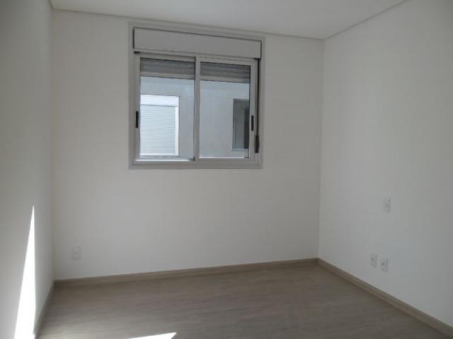 Apartamento 4 quartos, varanda, elevador, 2 vagas livres em condomínio inteligente. - Foto 5