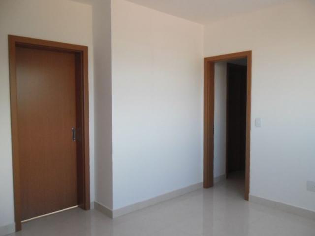 Apartamento de 03 quartos