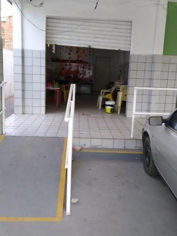 Iputinga, Monsenhor Fabrício, alugo dois salões grandes na principal, com ônibus na porta. - Foto 2