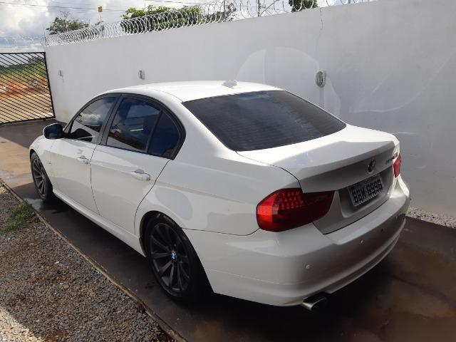 BMW 320i - Foto 7