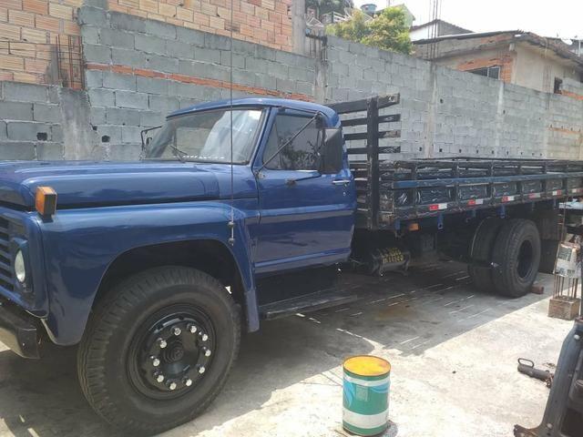 Vendo caminhão Ford - Foto 2