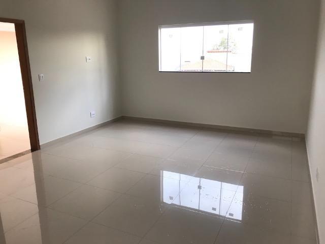 Casa nova 150m em condomínio fechado - suite - closet - area de churrasco - Foto 9