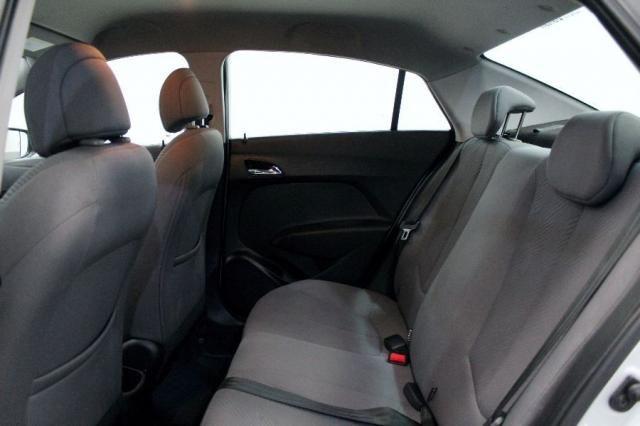 Hyundai HB20S 1.6 Comfort Plus 4P - Foto 11
