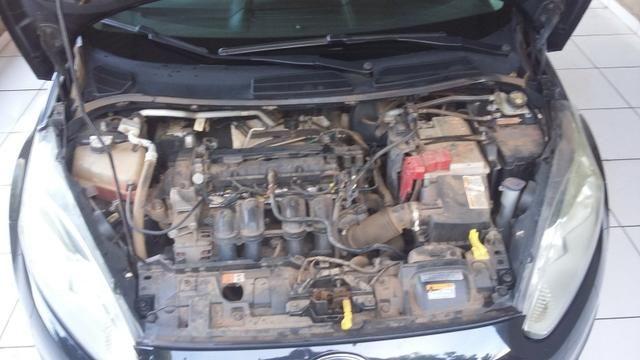 New Fiesta Hatch. Carro da Família. - Foto 5