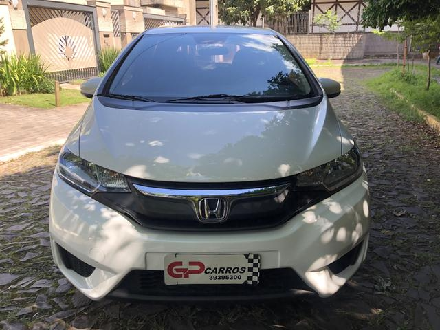 Honda Fit lx automático Cvt 2015 ano e modelo