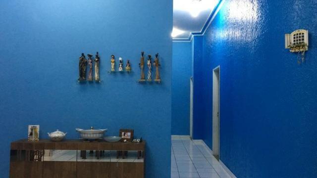 Alugo Linda casa Com Piscina no Parque 10 com 5 Quartos e 2 Suítes - Foto 2