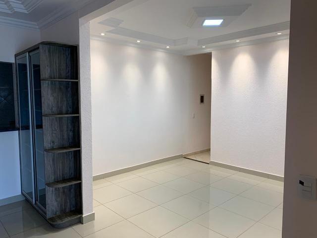 Casa Belissima otima Localização 2 qts, 4 garagem prox shoping Passeio das Aguas - Foto 9