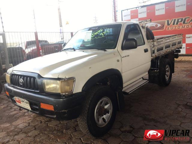 TOYOTA HILUX 2004/2004 3.0 DX 4X4 CS 8V DIESEL 2P MANUAL