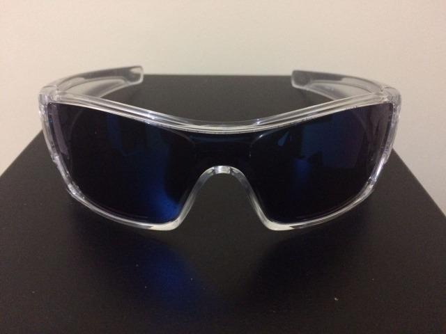 b3015ad15312d Óculos Oakley Batwolf - Bijouterias, relógios e acessórios - Santa ...