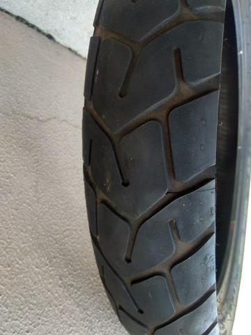 02 pneus semi-novos - Foto 2