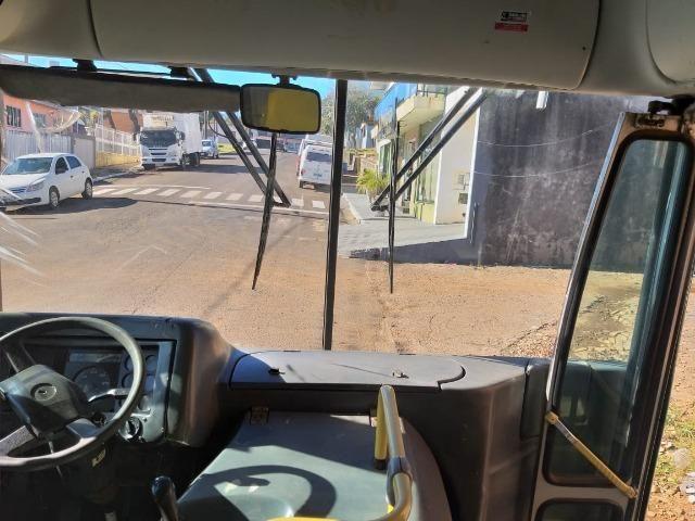 Ônibus Viale 17.230 motor novo 2007 aceito troca - Foto 5