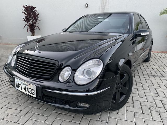 Mercedes E320 2005 impecável