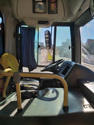 Ônibus Viale 17.230 motor novo 2007 aceito troca - Foto 3