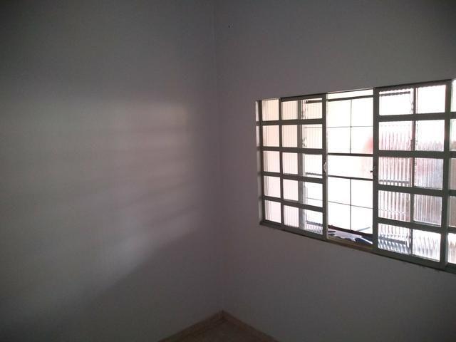 QC 01 Casa Com 02 Quartos e Garagem Coberta, Oportunidade!!! - Foto 5