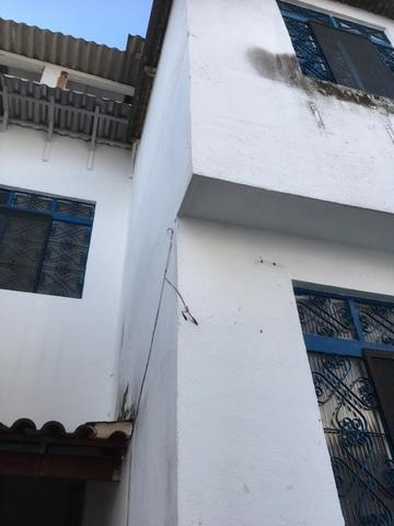 R$ 1.500.000,00 Casa pertinho do Colégio Militar na Tijuca com espaço construir prédio - Foto 2